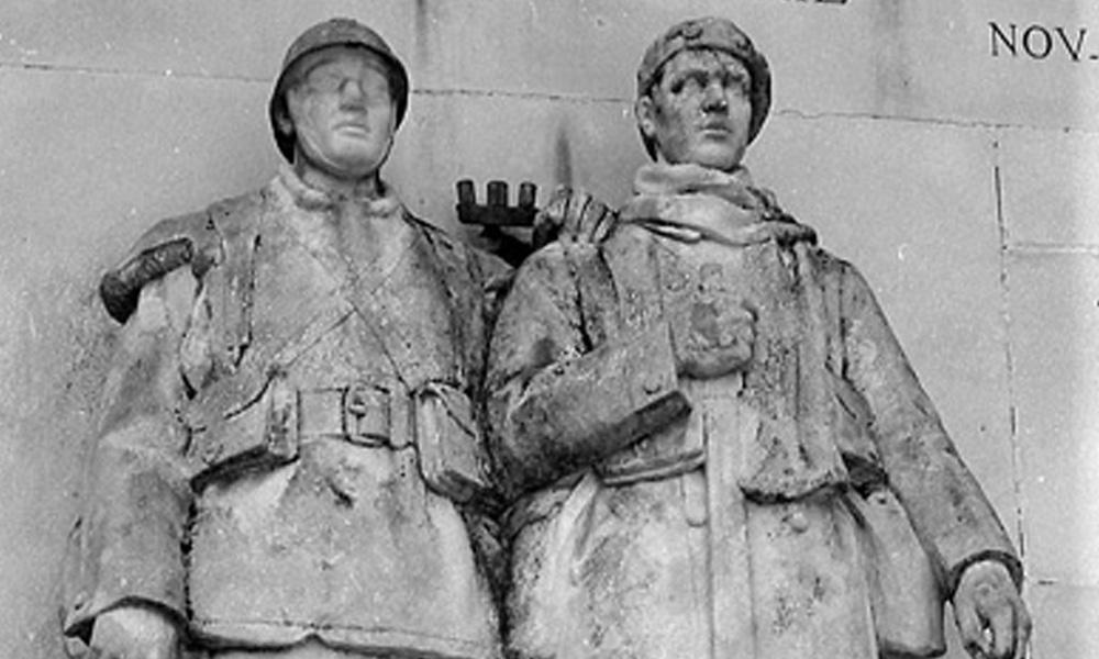 monument_aux_morts2_is